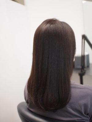 カラーエステでツヤ髪になった女性