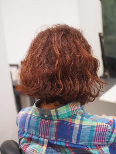 クセ毛がある女性